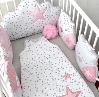tour de lit bébé fille