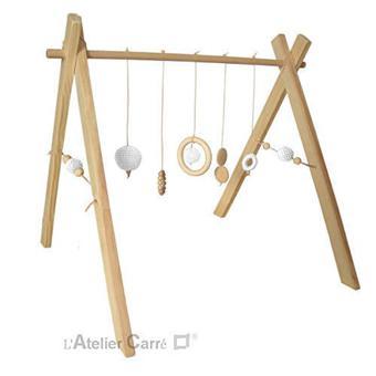 portique en bois bébé